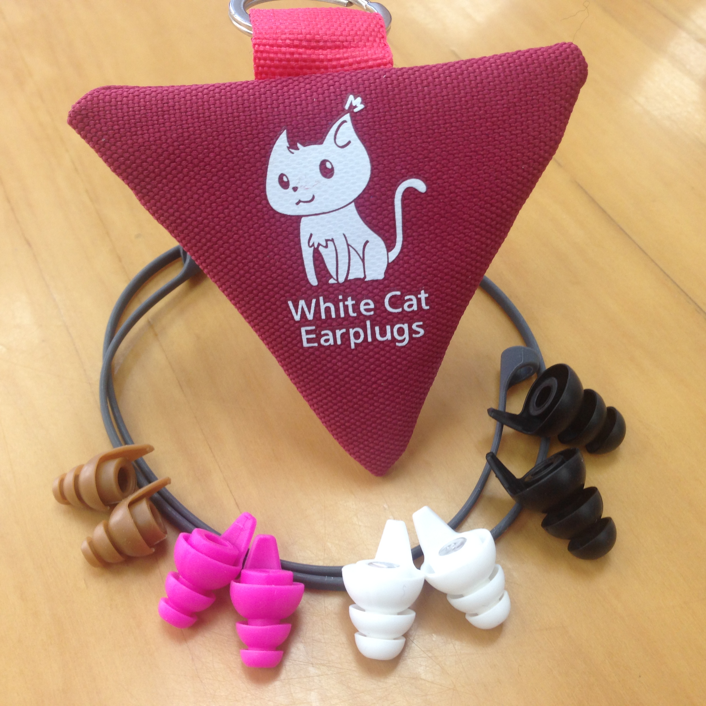 White Cat Living Earplugs (Set)